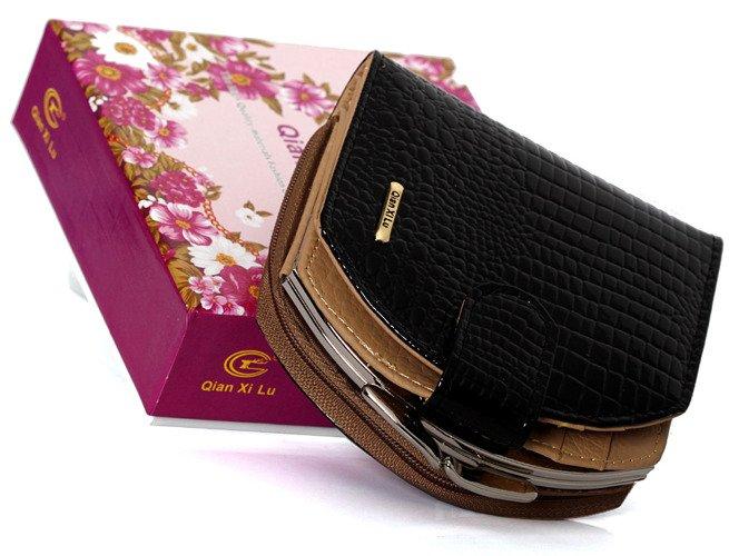 8e2b633b5a326 Unikatowy portfel damski skóra węża Gesi podkówka